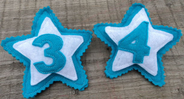 Birthday Badges aqua