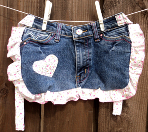 flower heart denim pinny
