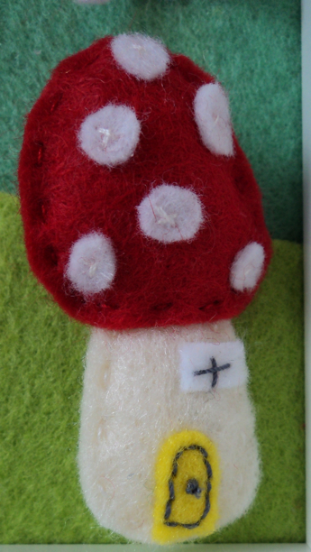 3d Felt Box Frame art toadstool fairy house