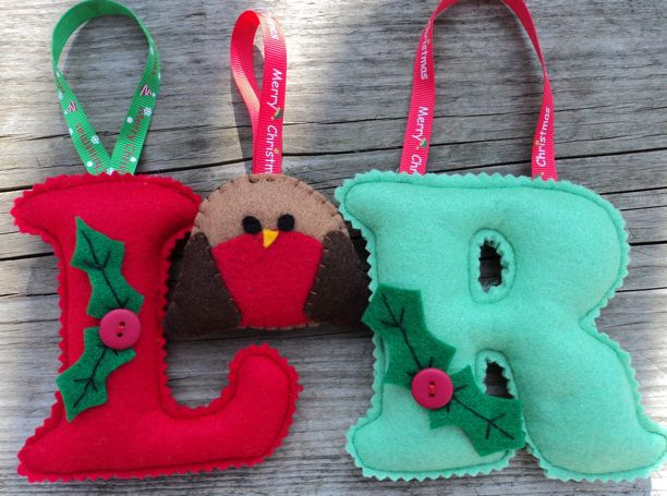 Felt Christmas Letters with Robin